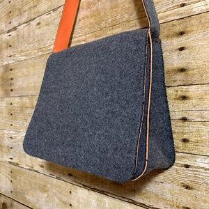 LA RUE Wool Bag